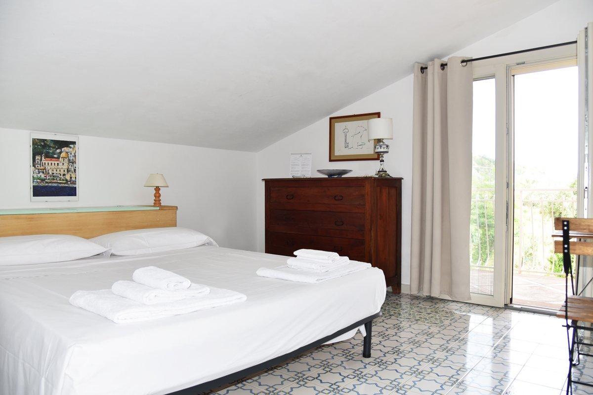 camera-letto-palinuro-2