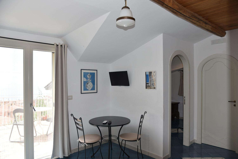 salotto-acciaroli-villa-santa-sofia